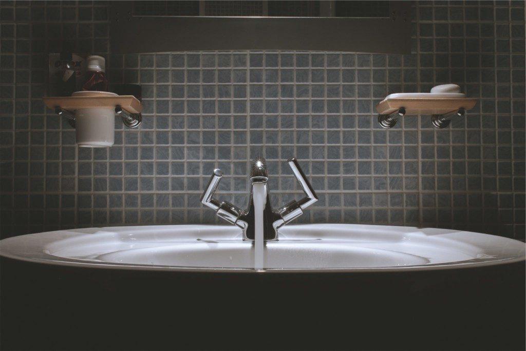 Tegels in badkamer