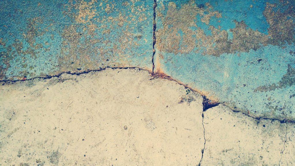 scheur in cement vloer